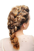 cute braided hairstyle