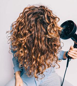 how to diffuse curly hair without frizz